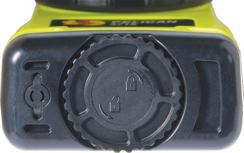 Vị trí đặt pin của đèn pin 3715 Right Angle Light